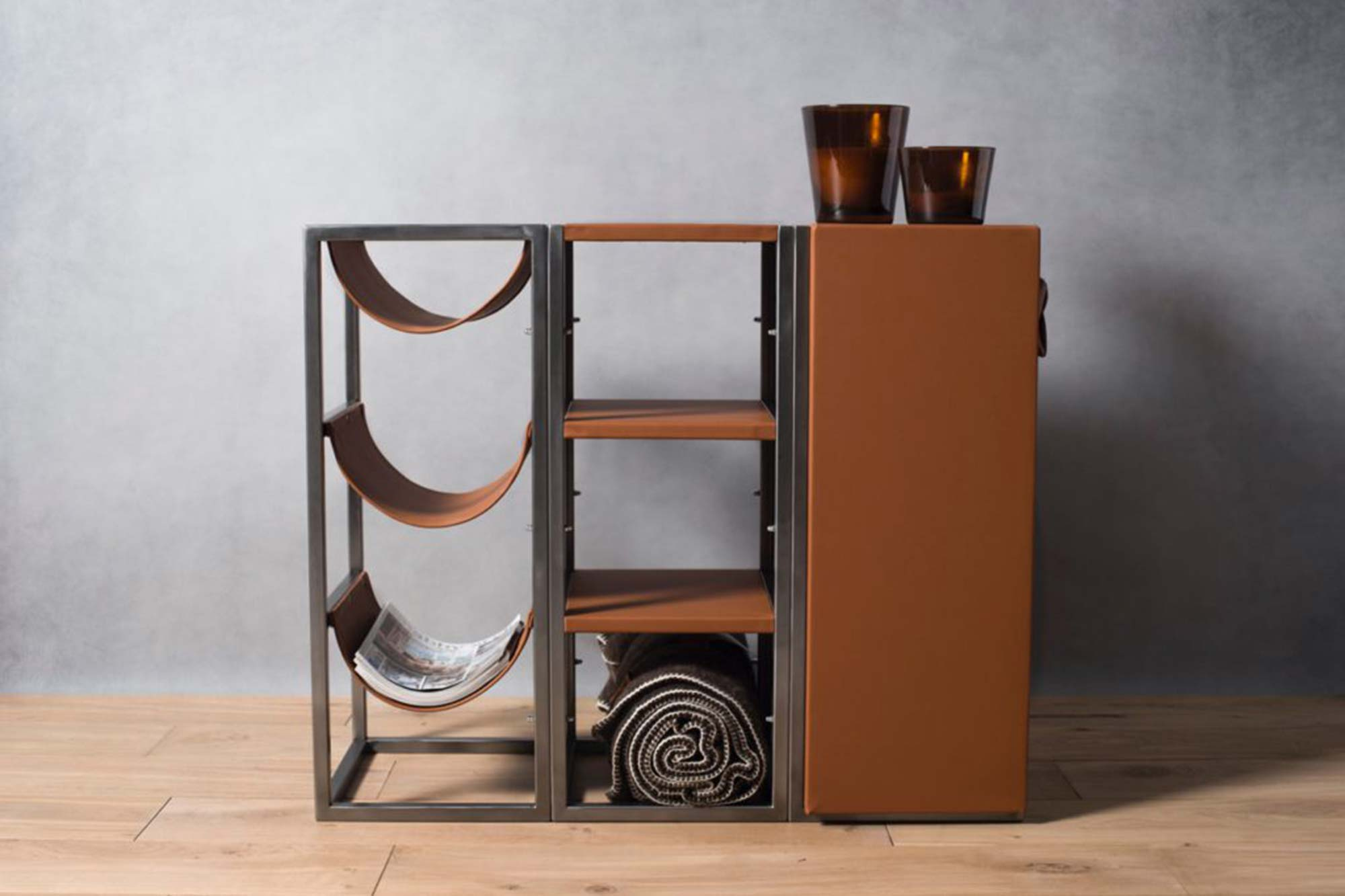 Meuble annexe bureau en métal et cuir