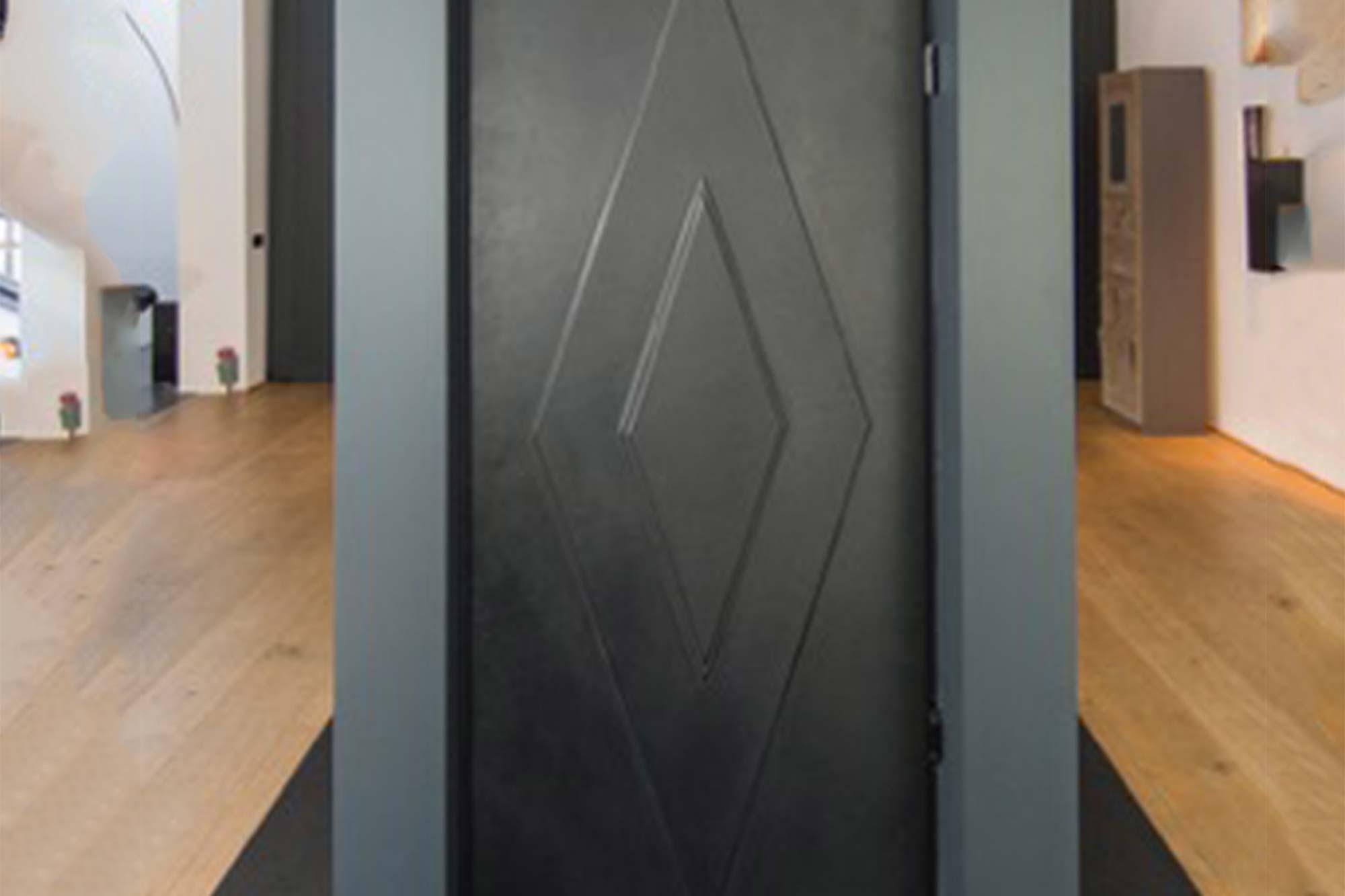 Diamond door in black leather